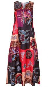 Large scale pattern on dress